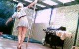 seksi kızdan harika dans gösterisi