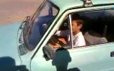 çocuk araba kullanı .. arabadan çıkan ses müthiş