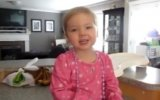 Menina de 2 Anos cantando Someone Like You da Adele view on izlesene.com tube online.