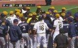 Amerikan Beyzbol Ligi'nde Yumruklar Konuştu!