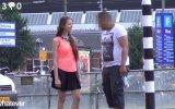Erkeklere seks teklif eden kız bu kez Avrupa'da