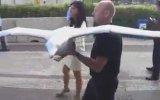 Kanat Çırparak Uçan Robot Kuş