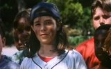 Little Giants Fragmanı